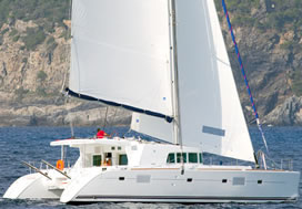 Catamaran charter Greece skipperd Lagoon 500
