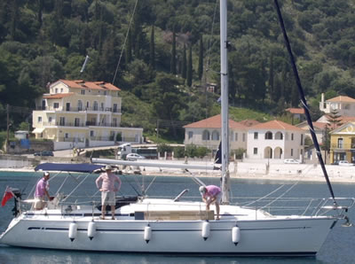BAVARIA 37 feet Sailing Yacht For Sale in Greece